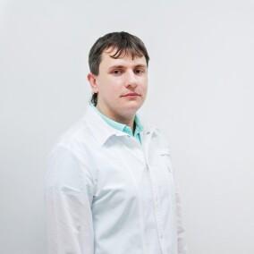 Аксенов Александр Владимирович, педиатр