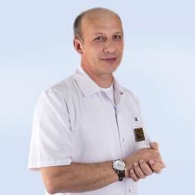 Карташов Игорь Иванович, стоматолог-терапевт