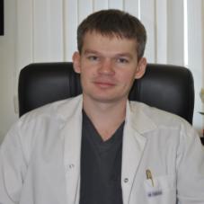 Болмотов Роман Васильевич, хирург