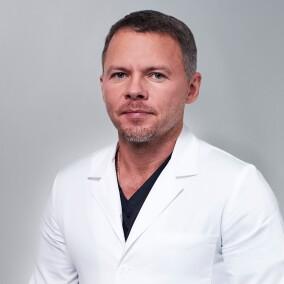 Иванов Павел Александрович, хирург