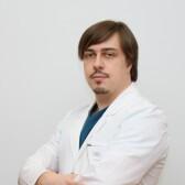 Олейник Евгений Михайлович, ангиолог