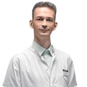 Астратенков Олег Геннадьевич, терапевт