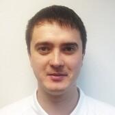 Сильнов Денис Сергеевич, стоматолог-хирург