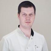 Большаков Михаил Николаевич, пластический хирург