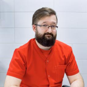 Цымбал Сергей Сергеевич, онколог