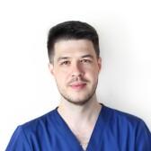 Ашарабзянов Руслан Наилевич, стоматолог-эндодонт