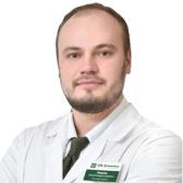 Ушаков Юрий Владиславович, хирург