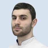 Хачиров Аслан-Бек Юрьевич, стоматолог-терапевт