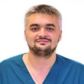 Стаценко Дмитрий Николаевич, невролог