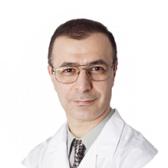 Рад Камяр Фредович, стоматолог-хирург