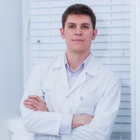 Гоглов Матвей Олегович, пластический хирург