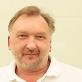 Бибнев Александр Евгеньевич, стоматолог-хирург