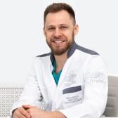 Мельников Дмитрий Александрович, пластический хирург