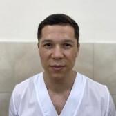 Розметов Адамбай Бахрамович, стоматолог-терапевт
