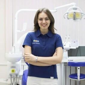 Саркисян Белла Арменовна, стоматолог-терапевт