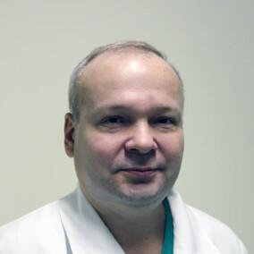 Грошев Игорь Анатольевич, хирург
