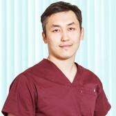 Будаев Виктор Борисович, стоматолог-терапевт