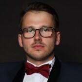 Кондратьев Денис Геннадьевич, пластический хирург