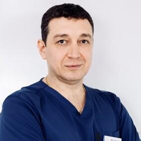 Абдуллаев Рустам Казимович, хирург