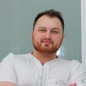 Рахмалиев Максим Фарманович, стоматолог-терапевт