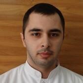 Аванесов Арам Валерьевич, стоматолог-терапевт