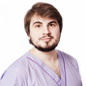 Попов Максим Александрович, остеопат