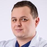 Ручкин Дмитрий Николаевич, стоматолог-терапевт