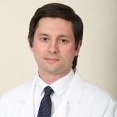 Комаров Максим Игоревич, онколог
