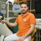 Коренев Андрей Юрьевич, стоматолог-хирург