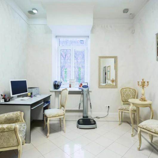Grand Clinic в Гусятниковом, фото №2