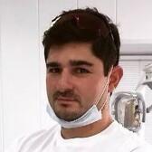 Бриньковский Петр Валерьевич, стоматолог-терапевт