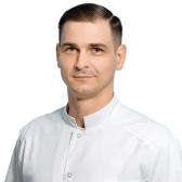 Глумаков Артур Ярославович, ортопед