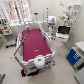 Городская клиническая  Боткинская больница, круглосуточный многопрофильный стационар