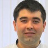 Хисамов Ринат Рустемович, торакальный хирург
