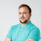 Пантюхов Ростислав Игоревич, стоматолог-терапевт