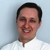 Белозубов Евгений Владимирович, стоматолог-терапевт