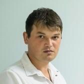 Хуснутдинов Артур Зинфарович, стоматолог-ортопед