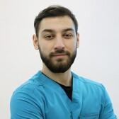 Хажметов Андзор Валерьевич, стоматолог-хирург
