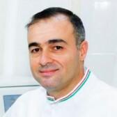 Дебс Самир, эмбриолог