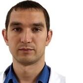 Усманов Айдар Василевич, ортопед