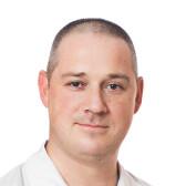 Лопушанский Максим Игоревич, дерматолог