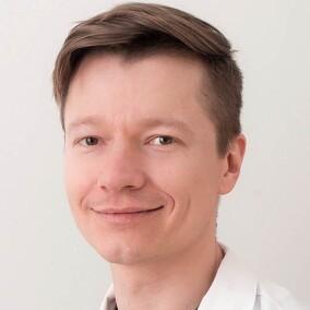 Кириченко Дмитрий Андреевич, терапевт