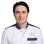 Свиридов Максим Константинович, пластический хирург