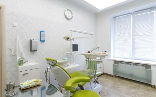 «Стоматологический центр на Тельмана»