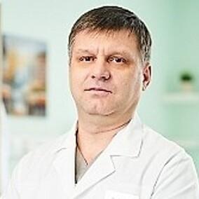 Ушенин Евгений Михайлович, травматолог