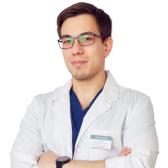 Хангиреев Александр Бахытович, хирург