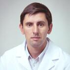 Леонов Евгений Борисович, хирург