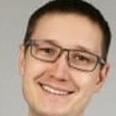 Ермолин Илья Вадимович, стоматолог-терапевт