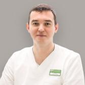 Кунгуров Роман Исакович, стоматолог-ортопед