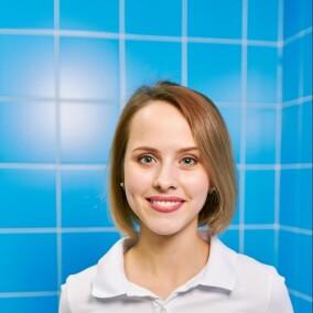 Чеботарева-Ларина Анастасия Алексеевна, стоматолог-терапевт